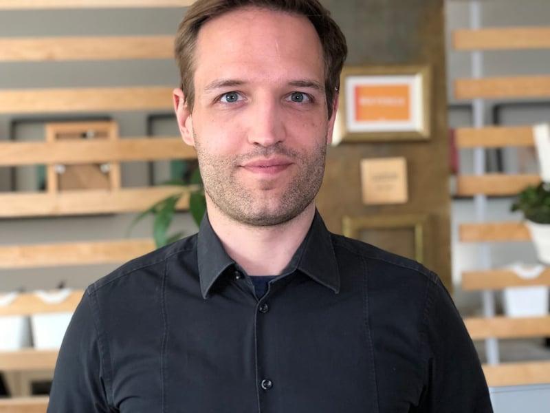 Dennis Tröger bietet Online-Kurse nach der Methode Blended Learning an