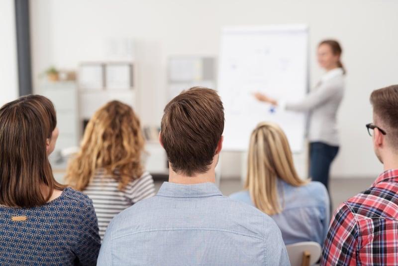 Optimiere dein Coaching- & Trainingsangebot für erfolgreiche Seminare und zufriedene Kunden.