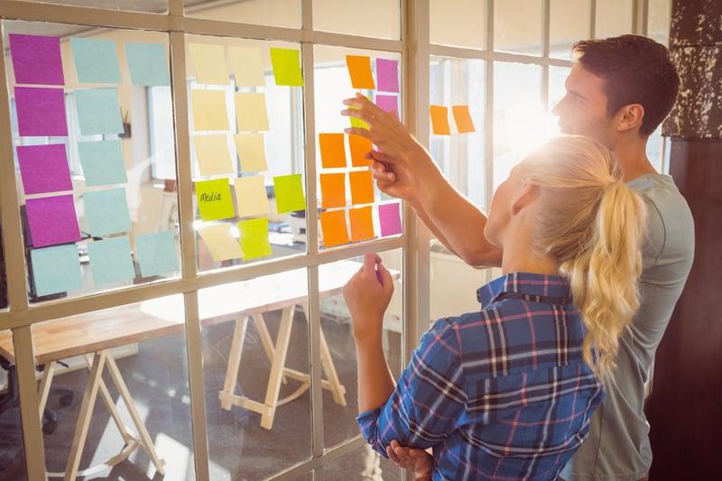 Soft Skills wie Kreativität, Teamfähigkeit und analytisches Denken sind wichtig, um Unternehmen in der Arbeitswelt 4.0 effektiv voran zu bringen.