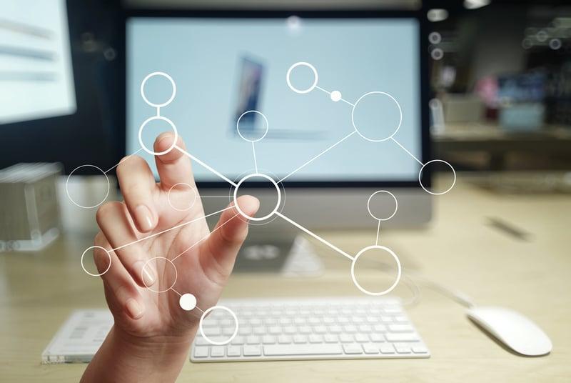 Mit E-Learning kannst du deine Weiterbildung überall anbieten und bist immer vernetzt.
