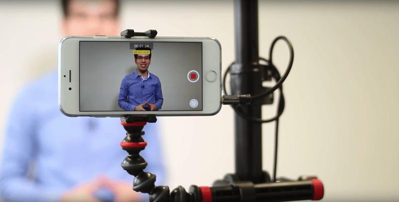 Mit dem kleinsten Studio der Welt kannst du einfach mit dem Smartphone kurze Videos für Online-Kurse erstellen.