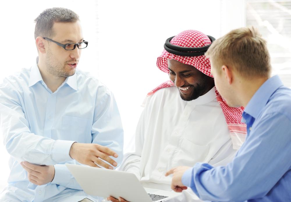 Online-Kurse können deine Kursteilnehmer auch in ihren Alltag einbinden.